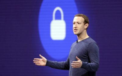 """Una commissione del Parlamento britannico dice che Facebook ha violato """"intenzionalmente e consapevolmente"""" le leggi sulla privacy dei dati e sulla concorrenza"""