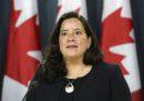 Una ministra canadese si è dimessa dopo essere stata accusata di aver ricevuto pressioni dal primo ministro per aiutare un'azienda a evitare un processo