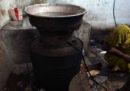 In India 39 persone sono morte dopo aver bevuto liquore prodotto con il metanolo