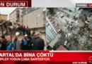 Un edificio di otto piani è crollato a Istanbul