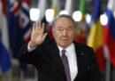 Il presidente del Kazakistan Nursultan Nazarbayev ha chiesto le dimissioni del governo del Kazakistan