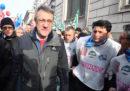 Oggi a Roma c'è una manifestazione di Cgil, Cisl e Uil contro le politiche del governo su lavoro e crescita