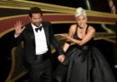 """Shallow"", cantata agli Oscar da Lady Gaga e Bradley Cooper"