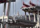 Le prime foto della demolizione del Ponte Morandi