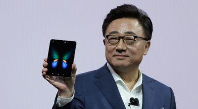 Samsung ha fatto un Galaxy pieghevole: Fold