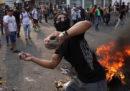 Gli scontri al confine tra Venezuela e Colombia, fotografati