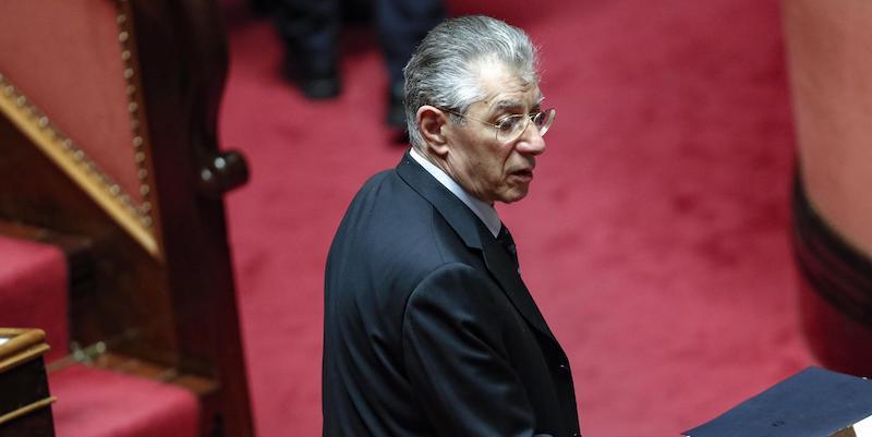 Umberto Bossi è stato ricoverato all'ospedale di Varese per un malore