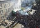 Ci sono stati scontri a Tirana in una manifestazione contro il primo ministro Edi Rama