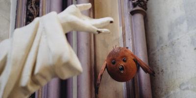 Strani personaggi nella Kapellekerk di Bruxelles
