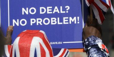 """Il Parlamento britannico ha respinto il """"no deal"""""""