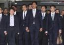 La Corte Costituzionale thailandese ha imposto lo scioglimento del partito che aveva candidato come prima ministra la sorella del re