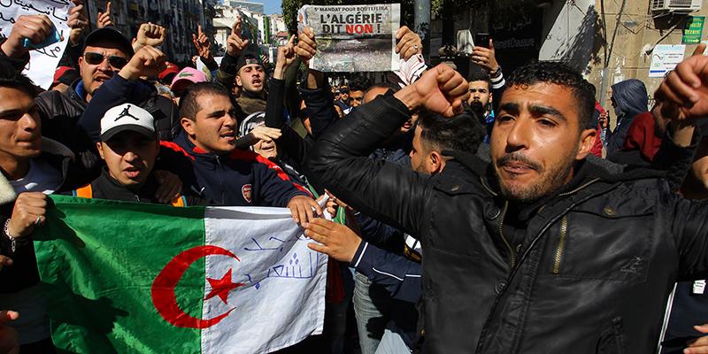Risultati immagini per proteste in algeria