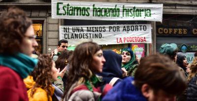 Una bambina di 11 anni ha partorito in Argentina