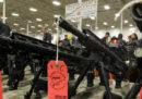 La Corte Suprema del Connecticut ha stabilito che i familiari delle vittime della strage alla Sandy Hook possono fare causa all'azienda di armi Remington