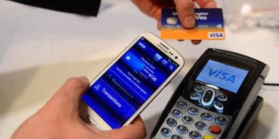 Le leggi contro i negozi che non accettano contanti