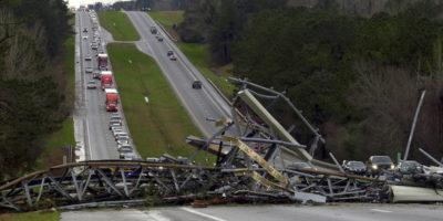 23 morti per una serie di tornado in Alabama