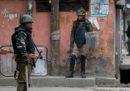 Almeno otto persone sono morte nei nuovi scontri in Kashmir tra India e Pakistan