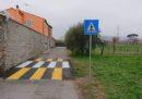 Le strisce pedonali verso il niente, in provincia di Lucca