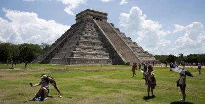In Messico è stata trovata una grotta con decine di reperti Maya