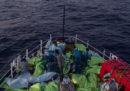 Un mercantile sarebbe stato dirottato da alcuni migranti e sarebbe diretto verso Malta, dice Matteo Salvini