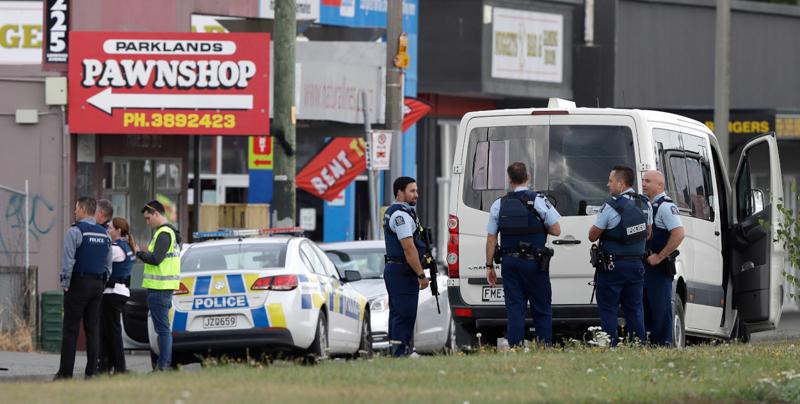 40 morti nell'attentato in due moschee in Nuova Zelanda