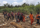 Almeno 50 persone sono morte per improvvise inondazioni nella provincia indonesiana di Papua
