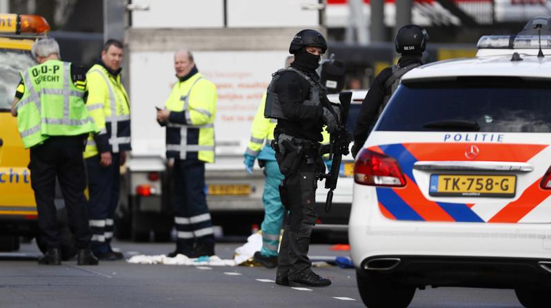 Sparatoria a Utrecht: diversi feriti. Uomo in fuga