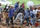 Sono almeno 60 i morti per le inondazioni e le frane in Sudafrica