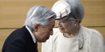 Domani abdicherà l'imperatore del Giappone