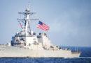Due cacciatorpedinieri americani hanno attraversato lo stretto che separa Taiwan dalla Cina