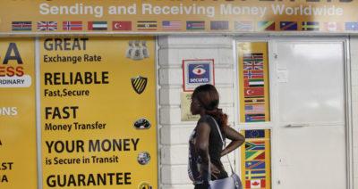 I soldi attorno ai soldi degli immigrati
