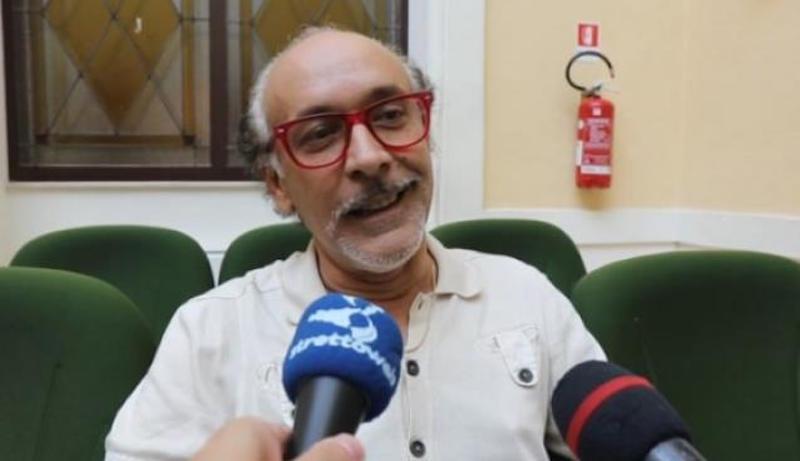 È morto l'attore comico Giacomo Battaglia, aveva 54 anni