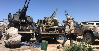 Attorno a Tripoli si continua a combattere