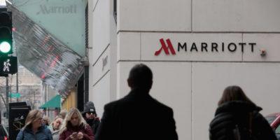 La catena alberghiera Marriott introdurrà un servizio per gli affitti brevi di case per fare concorrenza ad Airbnb, dice il Wall Street Journal