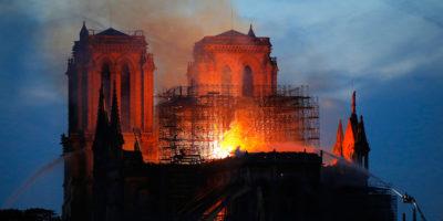 L'incendio di Notre-Dame, per punti