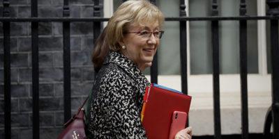 Andrea Leadsom, leader britannica della Camera dei Comuni, si è dimessa dal governo