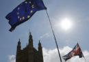 Più di 750mila cittadini europei hanno richiesto il permesso di soggiorno per continuare a vivere nel Regno Unito anche dopo Brexit
