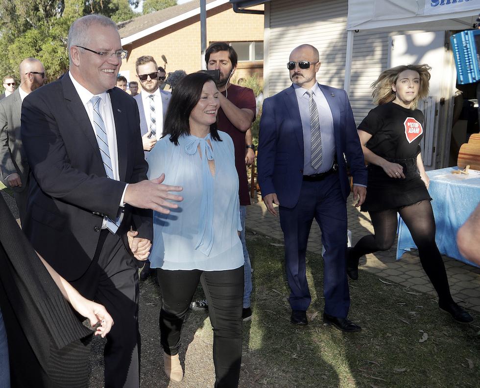 Australia: a sopresa vince il premier Morrison