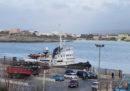 Due grossi barconi di migranti sono stati intercettati dai libici