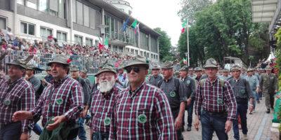 L'adunata degli alpini a Milano, e altre storie