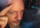Gli Stati Uniti hanno aggiunto 17 capi d'accusa all'incriminazione contro Julian Assange