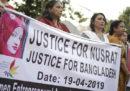 La storia della 19enne bruciata viva in Bangladesh