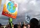 Otto paesi dell'Unione Europea proporranno di spendere un quarto del bilancio comunitario per combattere il cambiamento climatico