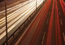 La polizia tedesca ha sequestrato più di 120 auto sportive che si pensa venissero usate per una gara illegale