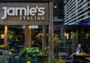 Lo chef britannico Jamie Oliver chiuderà tutti i suoi ristoranti tranne tre