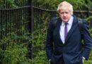 Boris Johnson dovrà presentarsi in tribunale perché accusato di avere mentito sui soldi dati dal Regno Unito all'Unione Europea