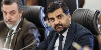 Repubblica scrive che la procura di Perugia sta indagando per corruzione Luca Palamara, ex presidente dell'Associazione Nazionale Magistrati