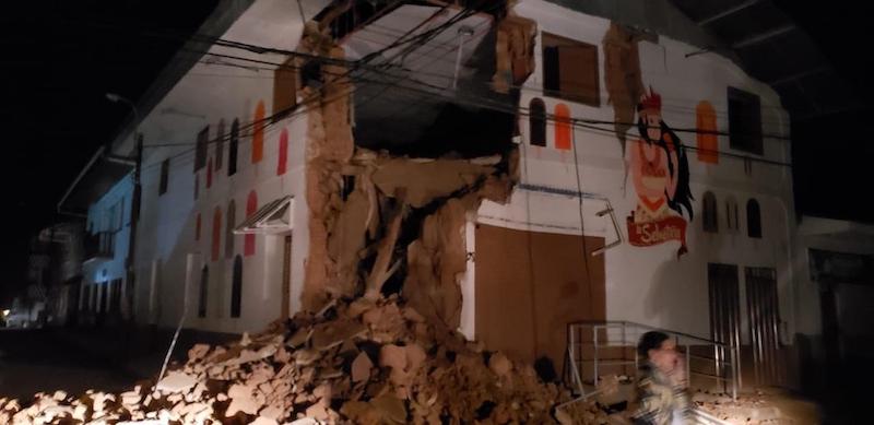 Il terremoto di magnitudo 8 che ha colpito il Perù questa notte ha ...