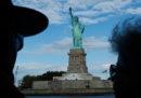 Saranno vietate le visite guidate dentro la Statua della libertà e il museo dell'immigrazione di Ellis Island