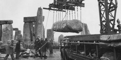 Un piccolo pezzo di una delle pietre di Stonehenge è stato restituito dopo 60 anni